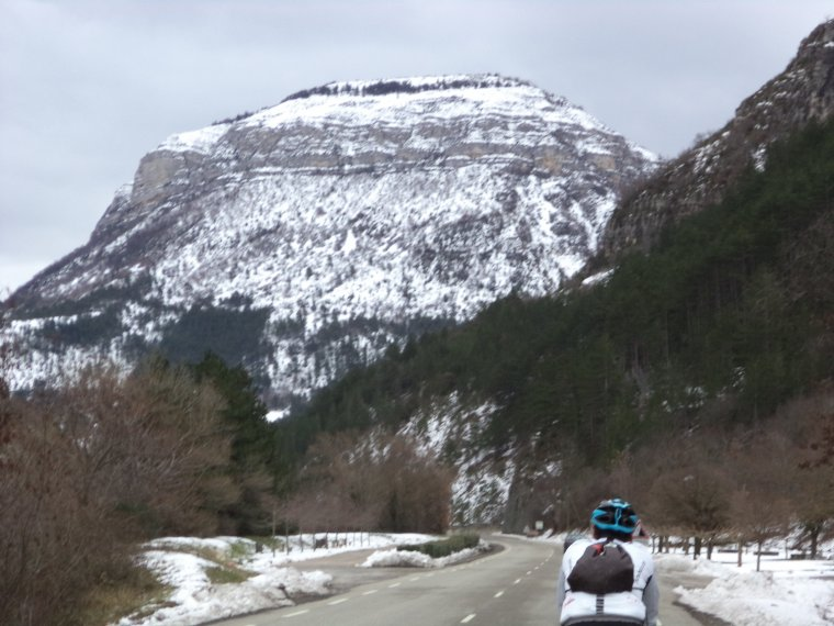 Ascension du col de Soubeyrand (990m) sous 70cm de neige avec Gil !