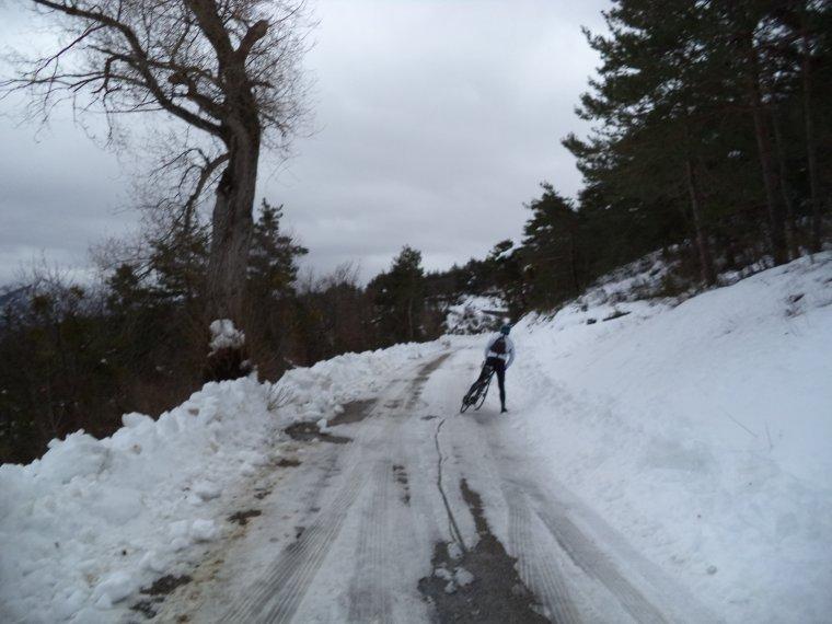Photos tour de vélo au col de Soubeyrand avec 70cm de neige !   (2)