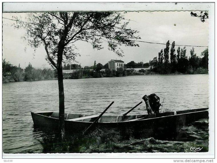 Cartes postales anciennes de Valréas