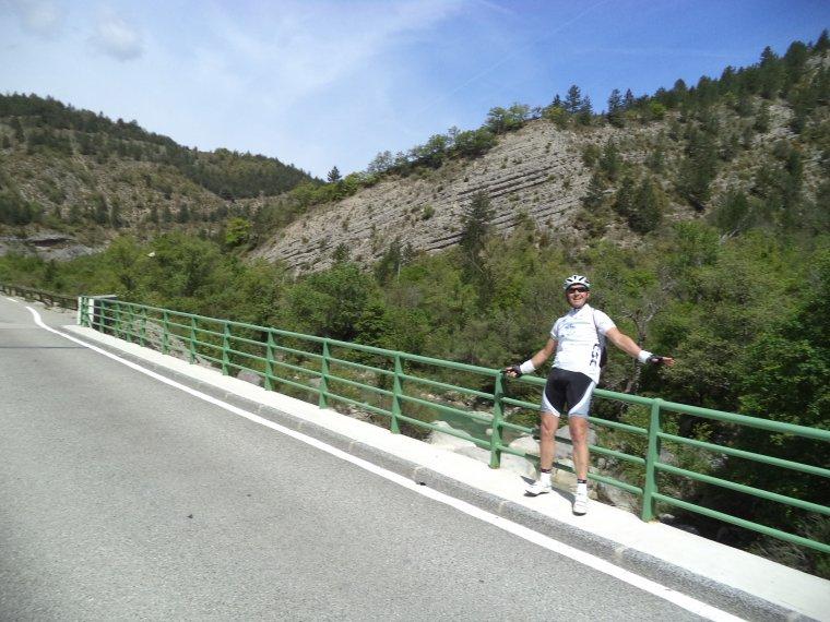 Grand tour de vélo avec Gil Veyrier, +7 cols et D+2200m, photos (5)