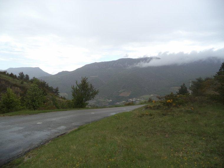 Ascension du col de Peyruergue (820m) sous la pluie, 100km