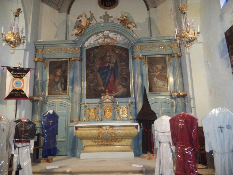 Reportage photographique de Valréas (10) : la chapelle des Pénitents noirs