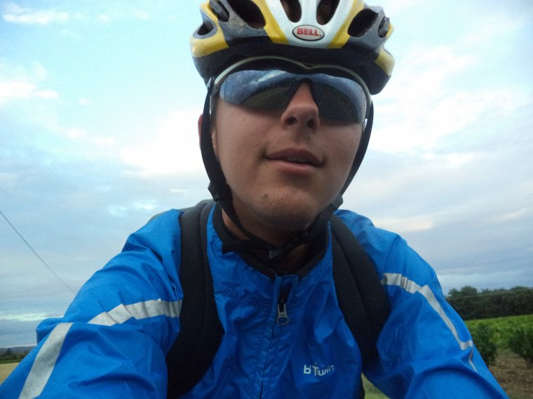 En route pour le boulot, mais.......la météo n'est pas d'accord (une fois de plus) !