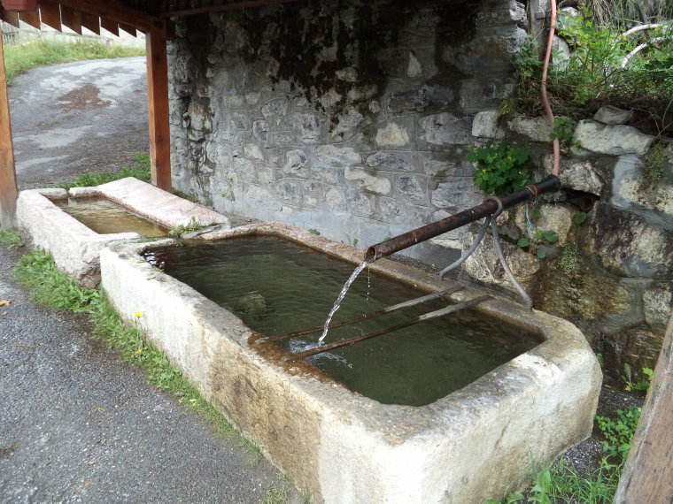 Visite de l'hameau de Serenne (04)