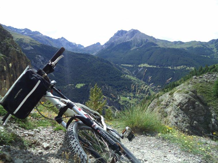 Ascension du col de Serenne (2670m) en poussage VTT avec mon ami Freddy !  (photos (2)