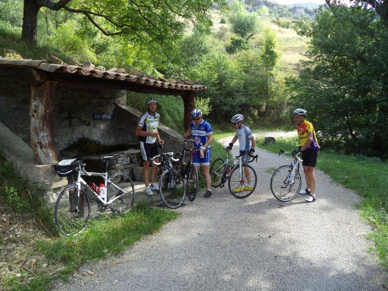 Sortie en Drome Provençale avec le BCB, 91km, photos (2)