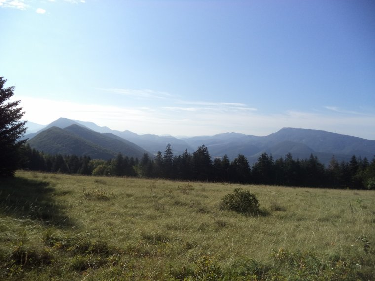 Ascension de la montagne de Saint-Maurice (921 mètres) à vélo route, pire que les pavés de Roubaix !