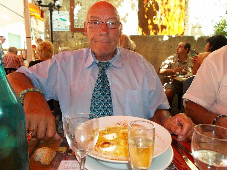 Repas en famille au bistrot de Vinsobres, 69 ans de Papa, 30 ans de mariage des parents, 64 ans du maire du Celas, 31 ans du beau-frère, photos (2)