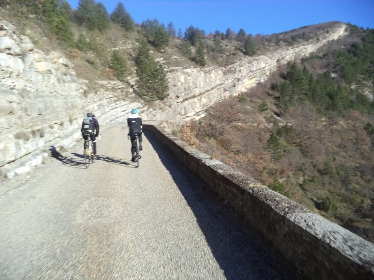 Première sortie hivernale avec Gil et Gégé le breton ! 109 kilomètres et des cols !