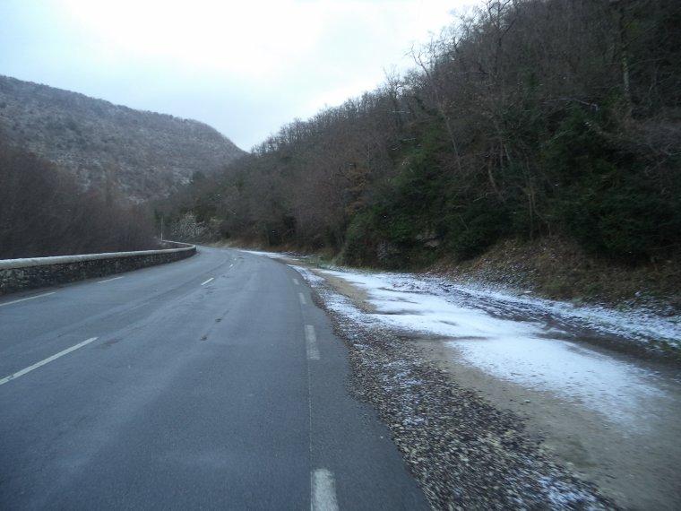 En vélo à Comps sous une tempête de neige !   -12°C !!! 66km (photos 2)