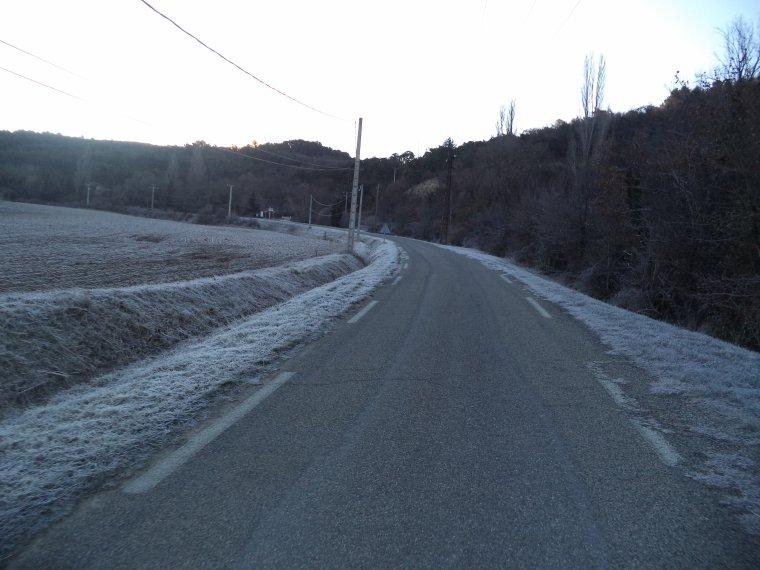 Balade en campagne dans la fraîcheur matinale, 42km