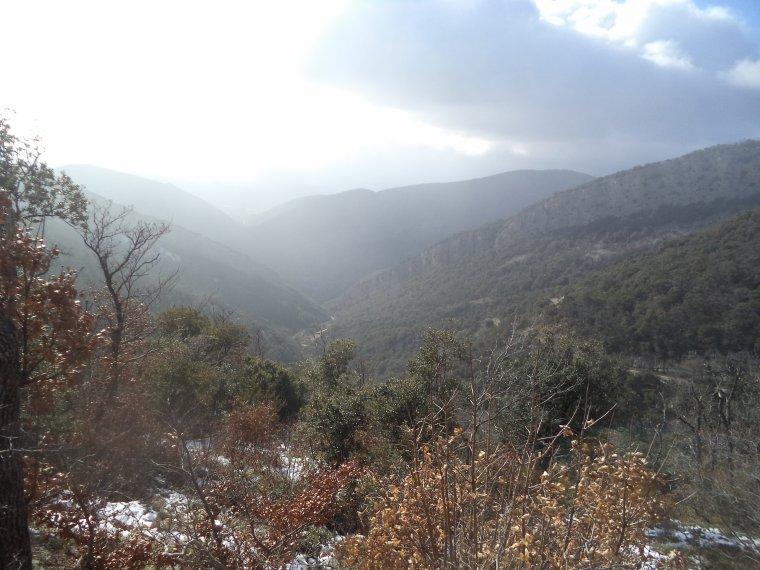 Randonnée à la montagne de la Lance avec 50cm de neige, -18°C de ressentie, du givre, blizzard....11km (photos 9)