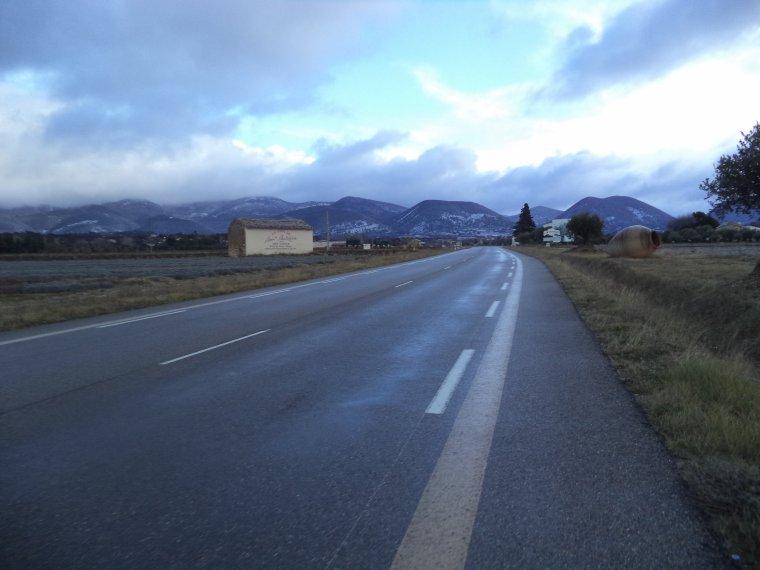 Ascension du col de Valouse avec la neige, plus beau tour de vélo de l'année