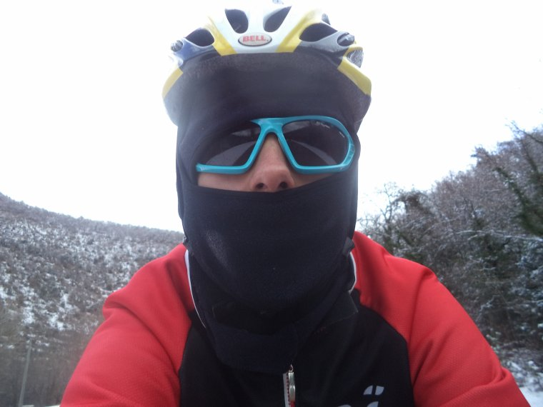 Ascension du col de Valouse avec la neige, plus beau tour de vélo de l'année, (photos 8)