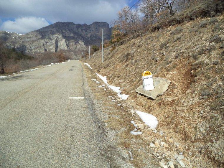 Voyage à vélo à travers les alpes Drômoise, étape 1 : Valréas-Chastel arnaud par le col de la chaudière