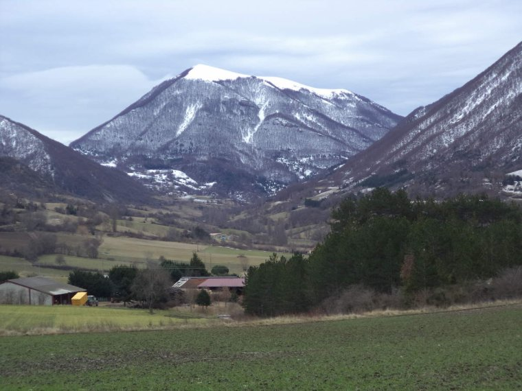 Voyage à vélo à travers les alpes Drômoise, étape 3 : St Nazaire le désert-Valréas par le col Lescou, photos (2)