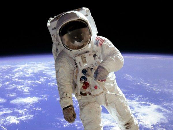 Coucou à notre astronaute Thomas Pesquet est dans l'espace pour 6 mois