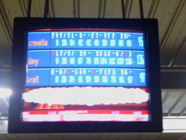 crevette c moi pour info et oui petit score je c bien :) (bowling)