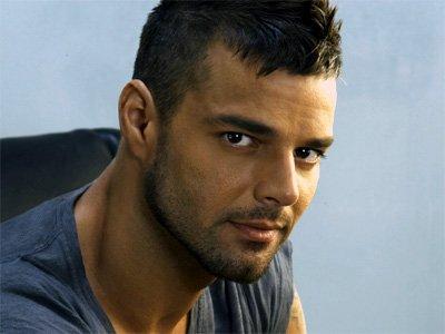 Ricky Martin devient espagnol pour pouvoir se marier.