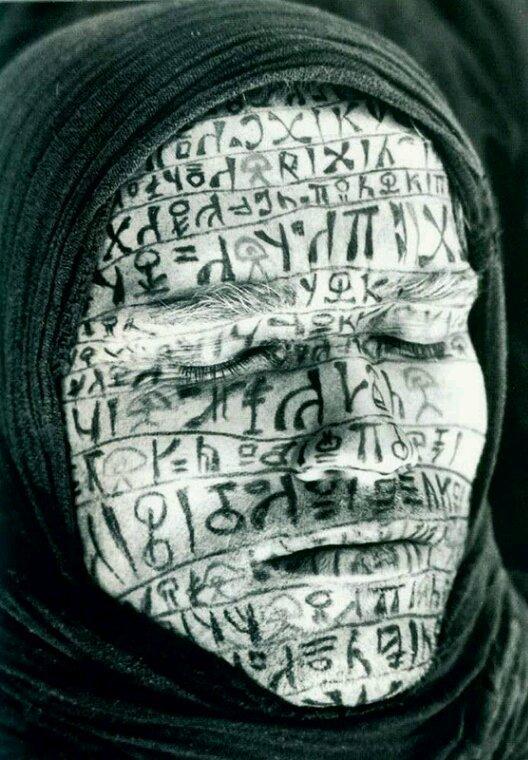 …Non c'è peggior cieco .. di chi non cambia mai.. il proprio punto di vista..