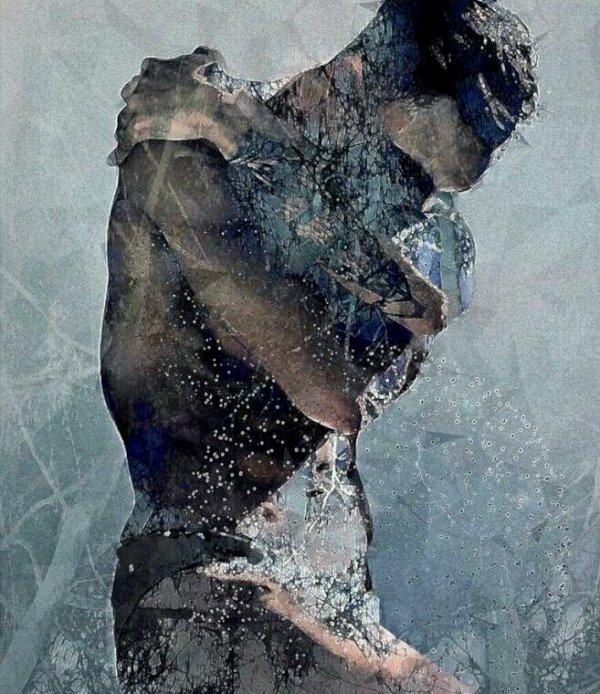 le jour où je t'ai retrouvé   tu as pris ma main dans la nuit il se faisait tard et tu m'as demandé de rester. De veiller avec toi jusqu'à l'aube. Ferme la porte et éteins les lumières et tiens-toi prêt ce soir. Car cet amour devenait plus Fort,  et j'avais besoin de plus ce soir là. Ton toucher etait contagieux, tu savais  ce dont j'avais  besoin ce soir là. Je ne peux plus  courir et je ne peux plus me cacher. La lumière m'achèverait. Je suis perdu mais je suis en vie. Je ne veux plus jamais voir la lumière du jour. Quand nous étions , amoureux, quand tu étais tout. Nous veillions et buvions toute la nuit. Allongés sur le lit , j'ai posé mes mains sur toi. Nous nous sommes dis,  que notre amour ne mourrait  jamais. Et que  si nous sombrons avec ce navire. Nous coulons ensemble et si nous devons mourir ce soir. C'est toi et moi pour toujours. ensemble jusqu'à ce que nous mourions. Et je serais juste à côté de toi  même de l'autre côté. Car cet amour devient dangereux et j'ai besoin de plus ce soir Ton Amour  est contagieux, tu sais ce dont j'ai besoin maintenant