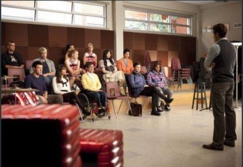 Quelques images de l'épisode numéro 6 « Never Been Kissed »