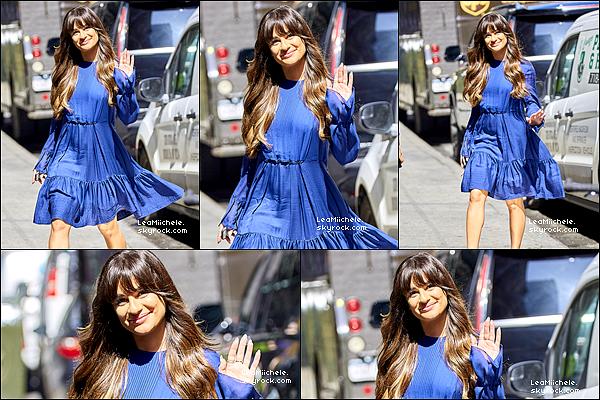 """.  28/04/2017  : Lea   arrivant sur le plateau de """"Good Morning America"""".     Toujours le sourire aux lèvres! sa fait plaisir :) TOP.[/font=Arial]    ."""