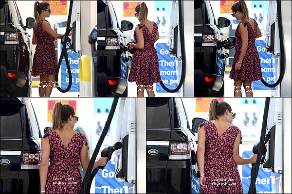 .  10/07/2017 : Grosse journée pour  Lea qui a été vue a plusieurs endroits dans Los Angeles.   J'aime beaucoup sa tenue ! Sa robe est vraiment très jolie, j'adore les couleurs! .C'est un  TOP.[/font=Arial]    .