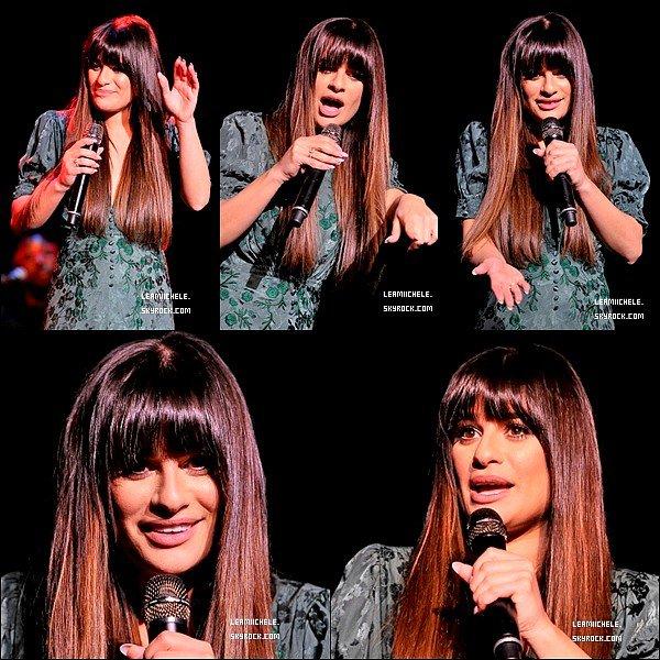 """.  09/05/2017  : Lea   est allée voir la comédie musicale """"Hamilton"""" à San Francisco.    Lea est toujours aussi belle ! tenue simple mais jolie:) son haut et très jolie et j'aime ses chaussures  TOP.[/font=Arial]    ."""