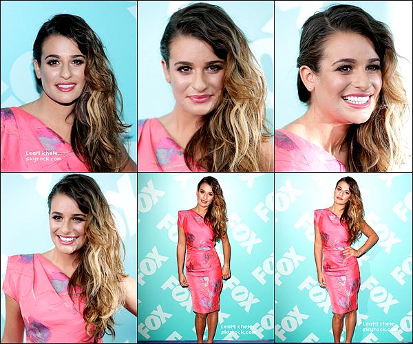 .  13/05/2013  : Lea   était présente aux FOX UPFRONTS.    Lea est très jolie,  J'aime beaucoup sa coiffure et son make up. TOP.[/font=Arial]    .
