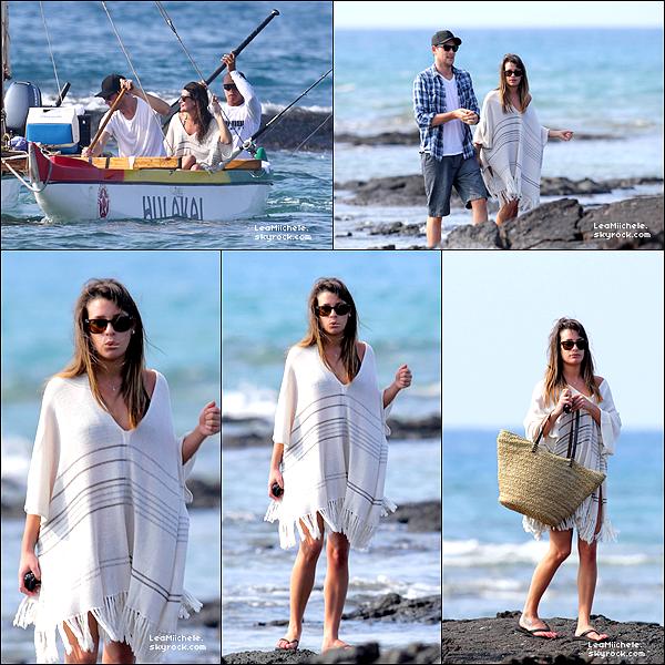 .  02/01/2013 : Lea et Cory ont été vus profitant de leurs vacances à Hawaï.  Lea est toute mimi ! j'aime sa tenue !! Ils sont tellement mimi tous les deux. C'est un  TOP.[/font=Arial]    .