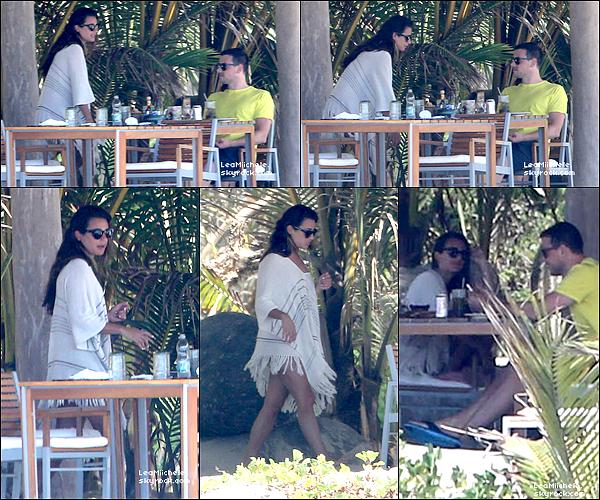.  07/05/2013 : Lea et Cory ont été vus passant du bon temps à Puerto Vallarta (Mexico).   Ils sont tellement mimi ! C'est un  TOP.[/font=Arial]    .