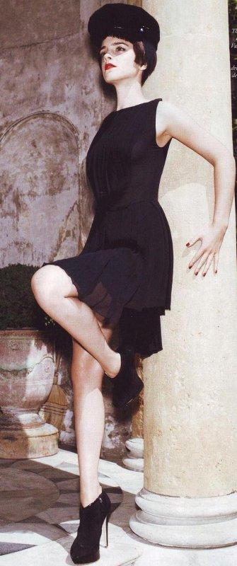 Emma Watson (1ère, 2èmes, 3èmes, 5èmes et 6èmes photos retouchées BY ME)