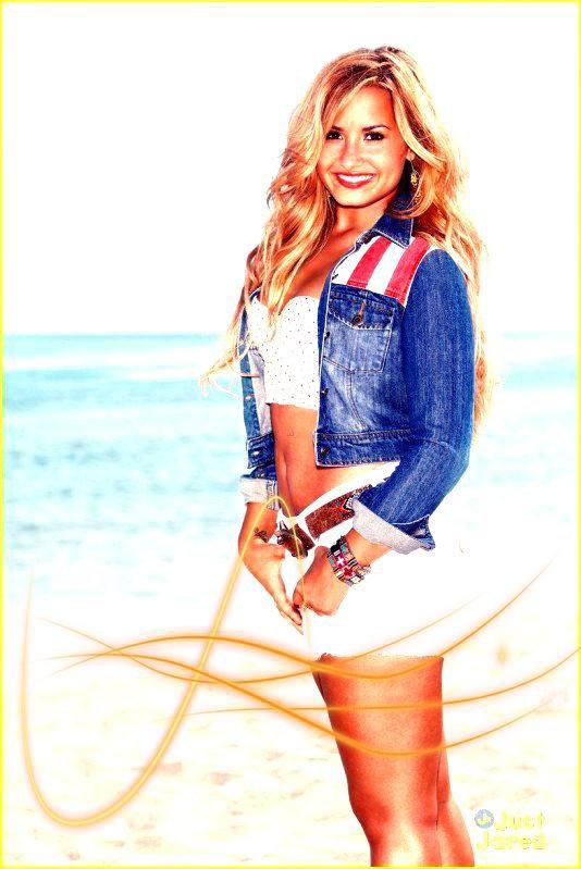 Demi Lovato ( Kiffe l'article pour être prévenue des nouveaux articles )