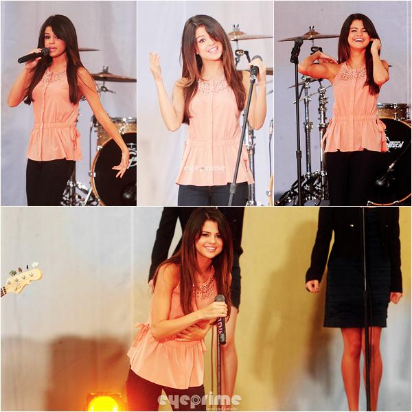 """_  _______________Qui? Selena Gomez _______________Quand?17/06/11________Catégorie?Concert  _____  _____» La jolie Selena, toute remise de sa """"maladie"""" (d'ailleurs c'était quoi ? un coup de soleil muhahah x) ) a donnée a un concert a NYC dans l'émission Good Morning America ^^. Moi j'adoore les photos, elle est magnifique déjà et elle a l'air de s'être donnée a fond et tout, je kiffouille ♥. Désolé de pas avoir mis d'article hier, j'avais pas le temps mddr! D'ailleurs je passe en coup de vents, """"party rock his in the house tonight.."""" si vous voyez ce que je veux dire (a).  .  _"""