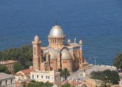 la plus belle 'église catholique d'Algérie de notre dame d afrique