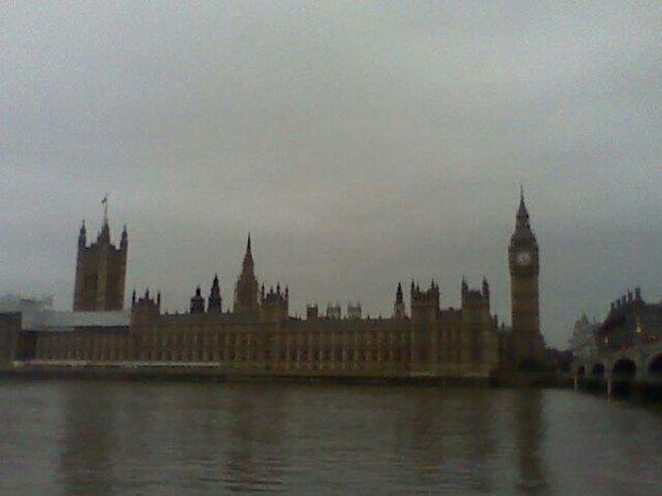Je suis en Angleterre