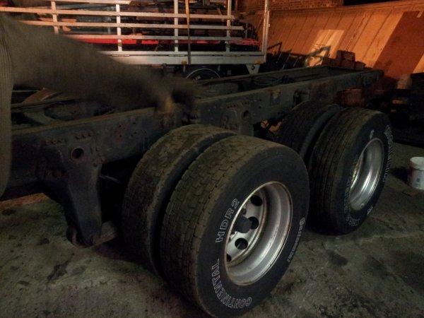Scania 164: démontage de la caisse