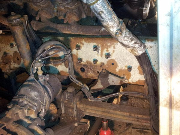 Scania 164: décapage châssis suite