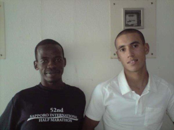 voila cest moi avec un ami kiragu de kenya 13.31s au 5000m
