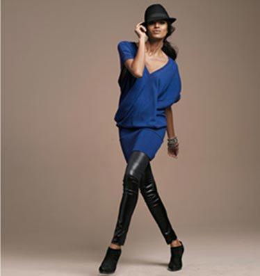 Robe bleu electrique et noir