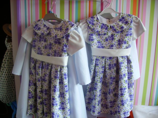 petites robes fillettes...