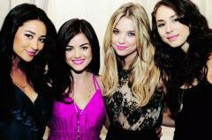 pretty little liars!!!*--*