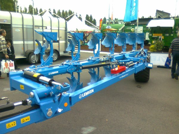 SPACE 2012 ( Lemken )