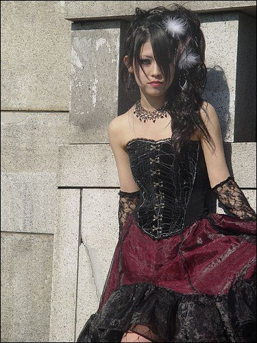 gothique, EGL etAristocrate lolita ? traduction