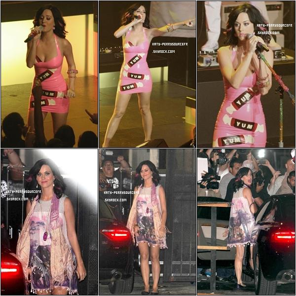 . 10/10/10 Katy performant au « Henry Fonda Music Box » à Hollywood et quittant les lieux.   .