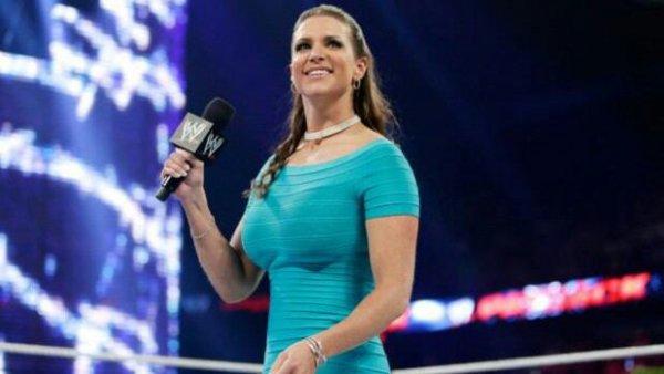 Stephanie McMahon fait une grande annonce pour le WWE World Title