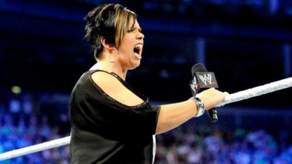 Plans pour la storyline entre Vickie Guerrero et L'Autorité