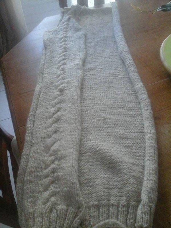 dernier encours ,je me tricote un manteau,en laine alaska de chez bergere de france