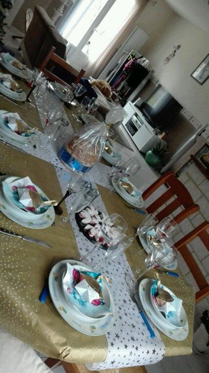 Ma table de noel...et un joli cadeau de mon petit mari cheri....